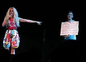 Learn Icelandic with Willam Belli